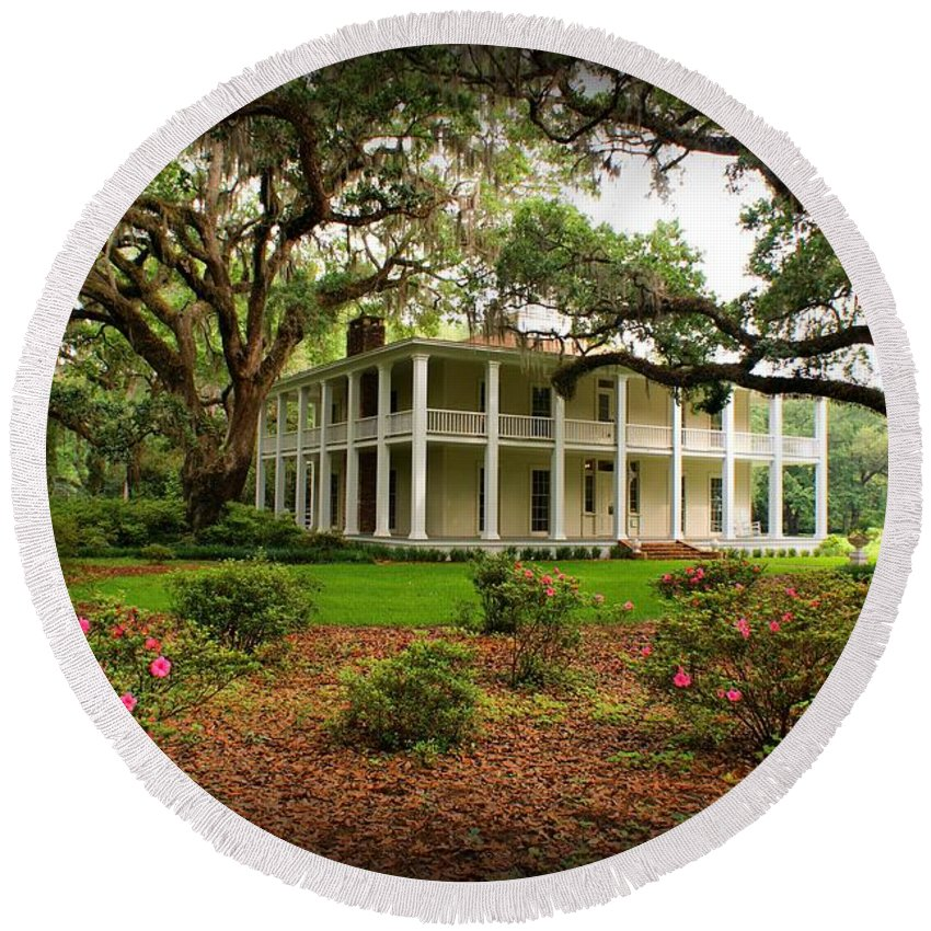 Eden State Park Round Beach Towel featuring the photograph Wesley House by Sandy Keeton