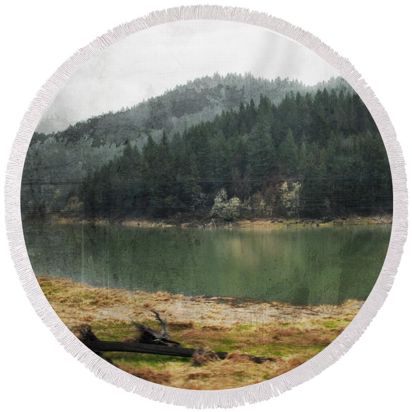 Oregon Round Beach Towel featuring the photograph Western Cascades River by Kyle Hanson