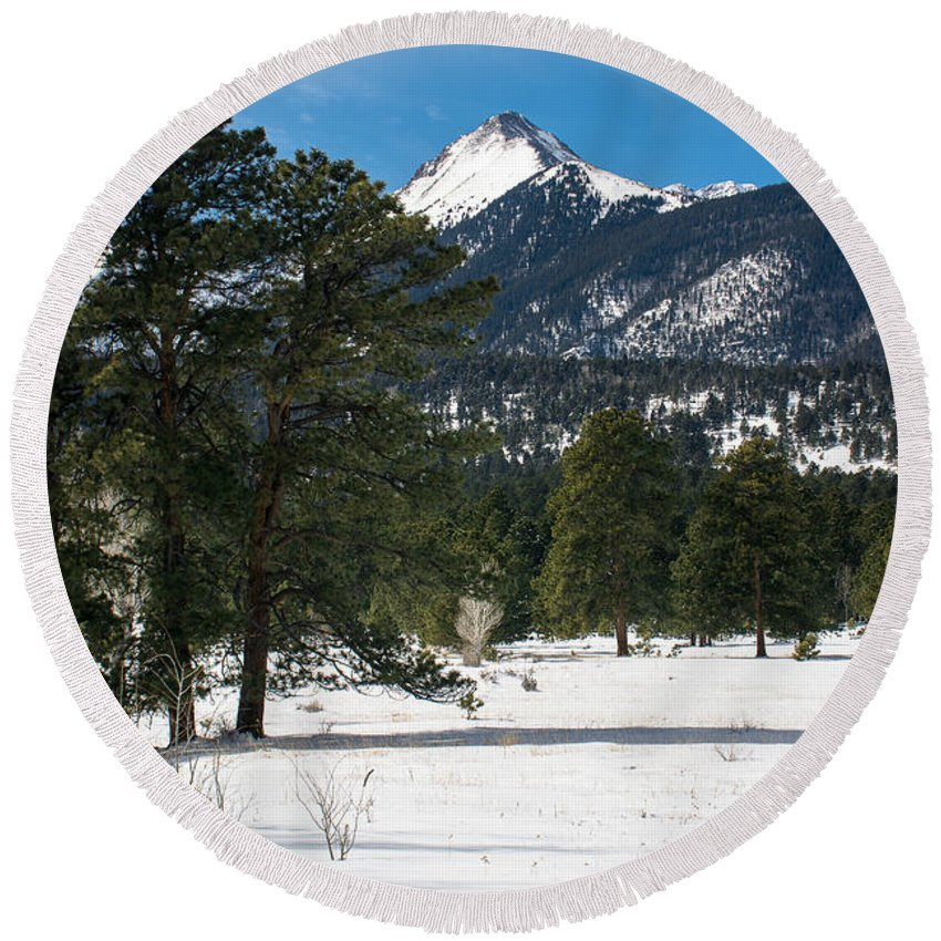 Colorado Landscapes Round Beach Towel featuring the photograph Wet Mountain Valley In Winter by John Bartelt