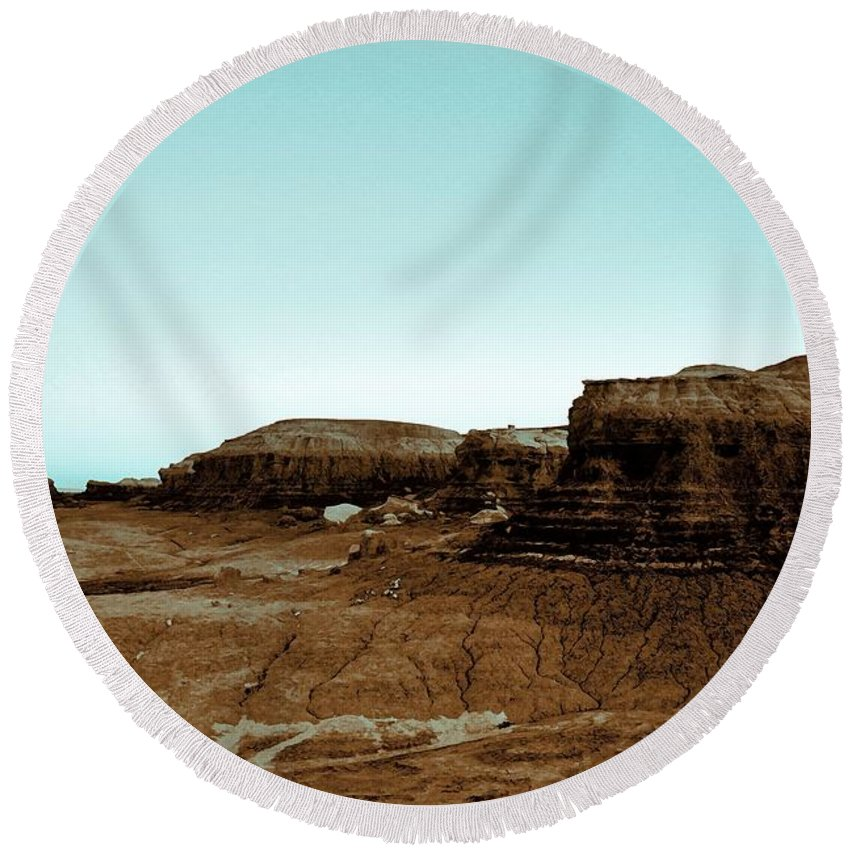 Bisti Wilderness Round Beach Towel featuring the painting Where Nothing Grows by Jim Buchanan