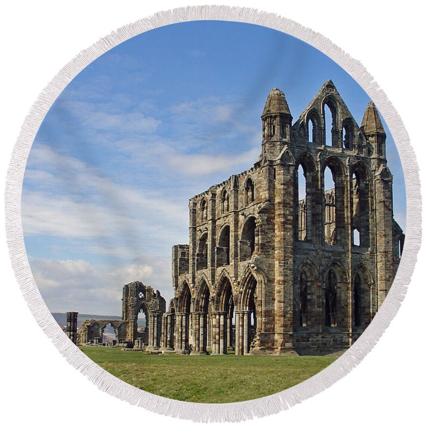 Sky Round Beach Towel featuring the photograph Whitby Abbey by Rod Johnson