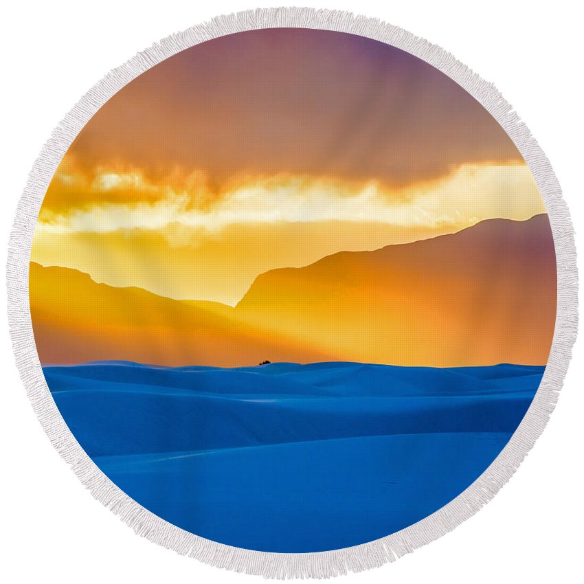 White Sands Round Beach Towel featuring the photograph White Sands Sunset 2 by Stephen Whalen