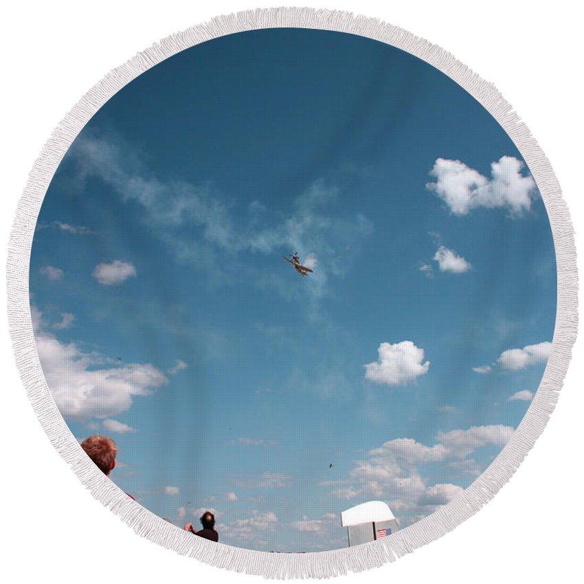 Aviator Round Beach Towel featuring the photograph Wide Wonder by Scott Perkins