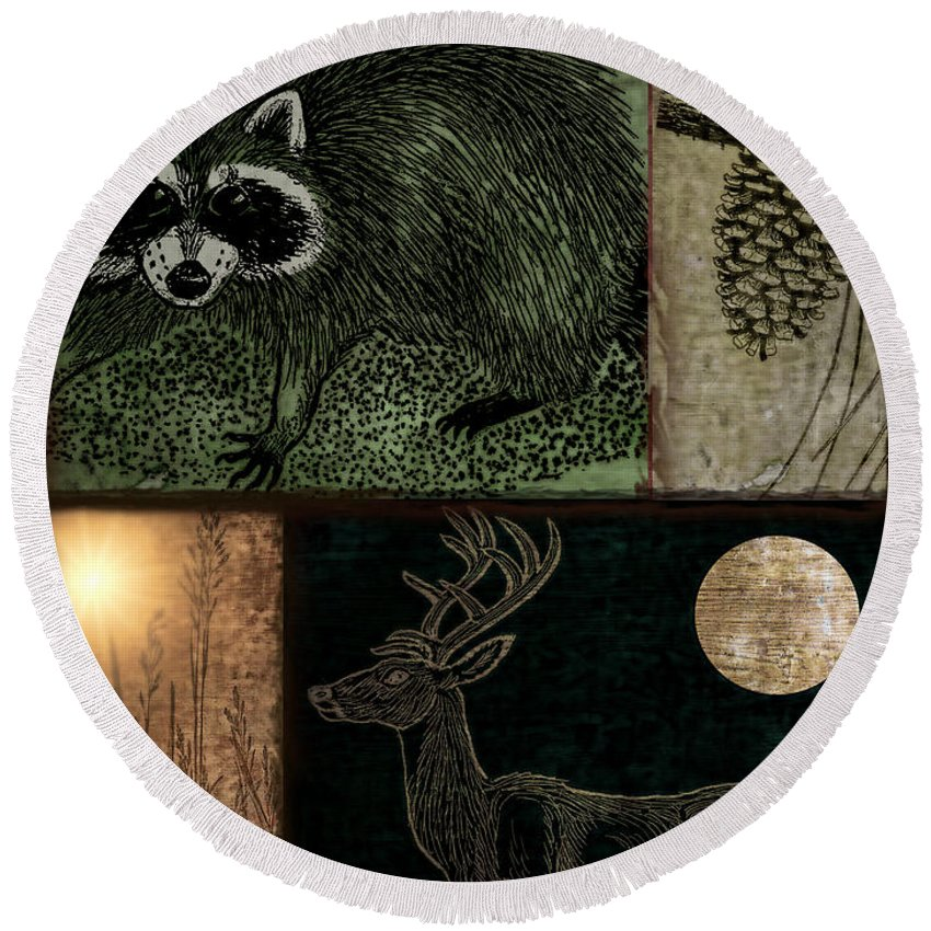 Racoon Round Beach Towels