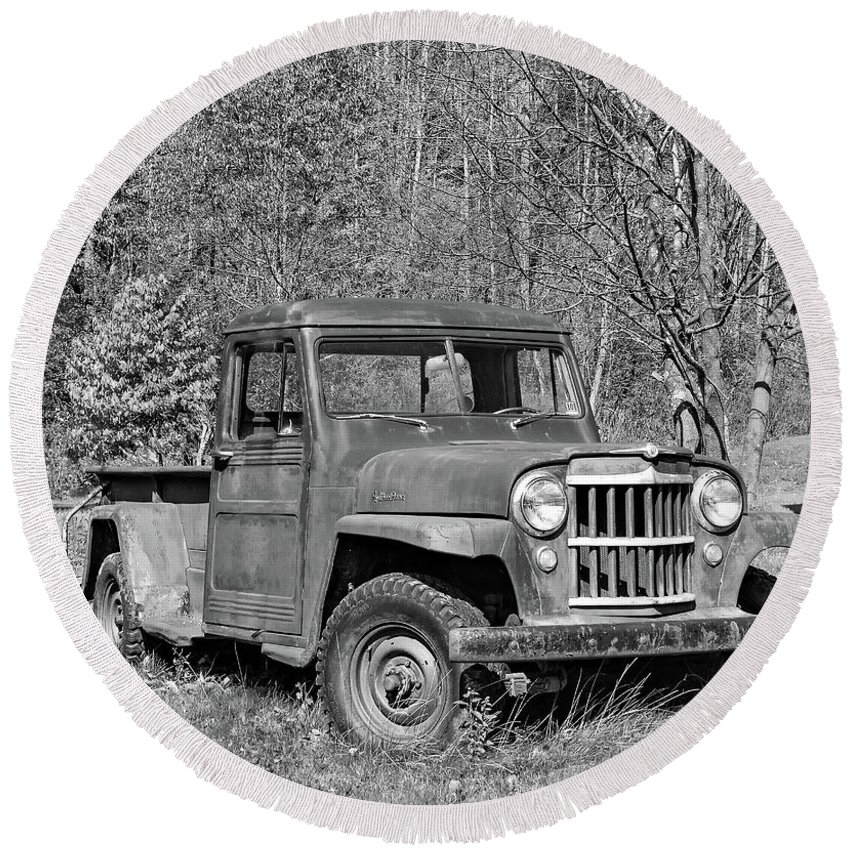 Vehicle Round Beach Towel featuring the photograph Willys Jeep Pickup Truck Monochrome by Steve Harrington