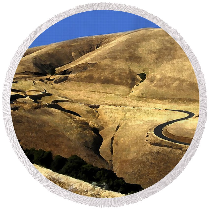 Road Round Beach Towel featuring the photograph Winding Road by David Lee Thompson