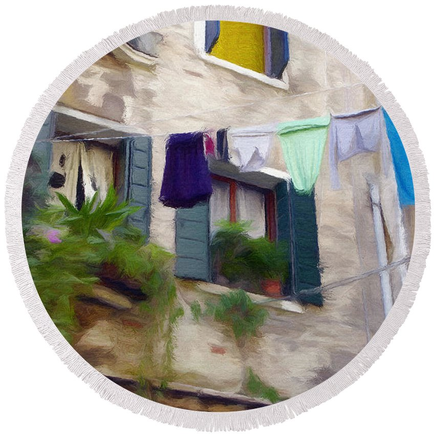 Window Round Beach Towel featuring the painting Windows Of Venice by Jeffrey Kolker