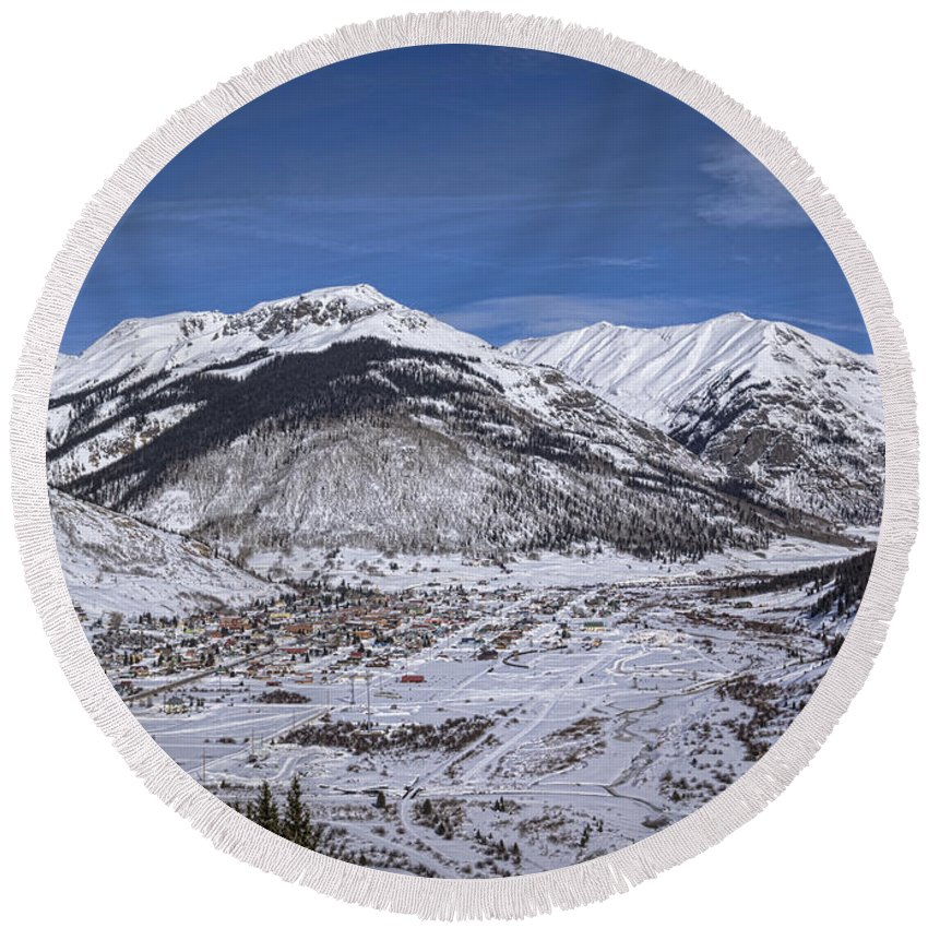 Rocky Round Beach Towel featuring the photograph Winter In Silverton Colorado by Janice Pariza