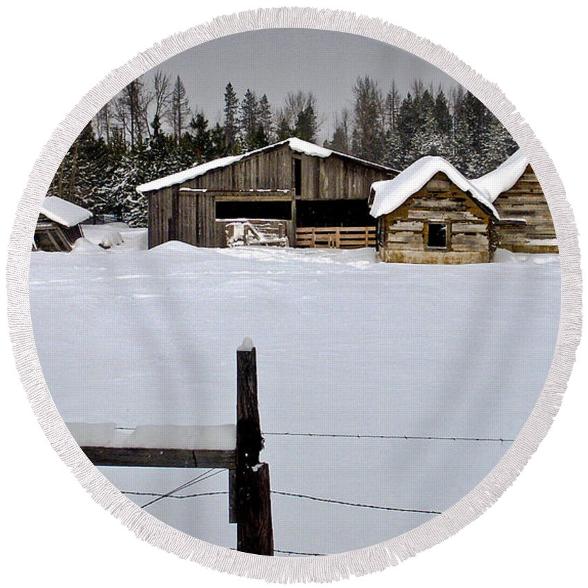North Idaho Round Beach Towel featuring the photograph Winter On The Ranch by Albert Seger