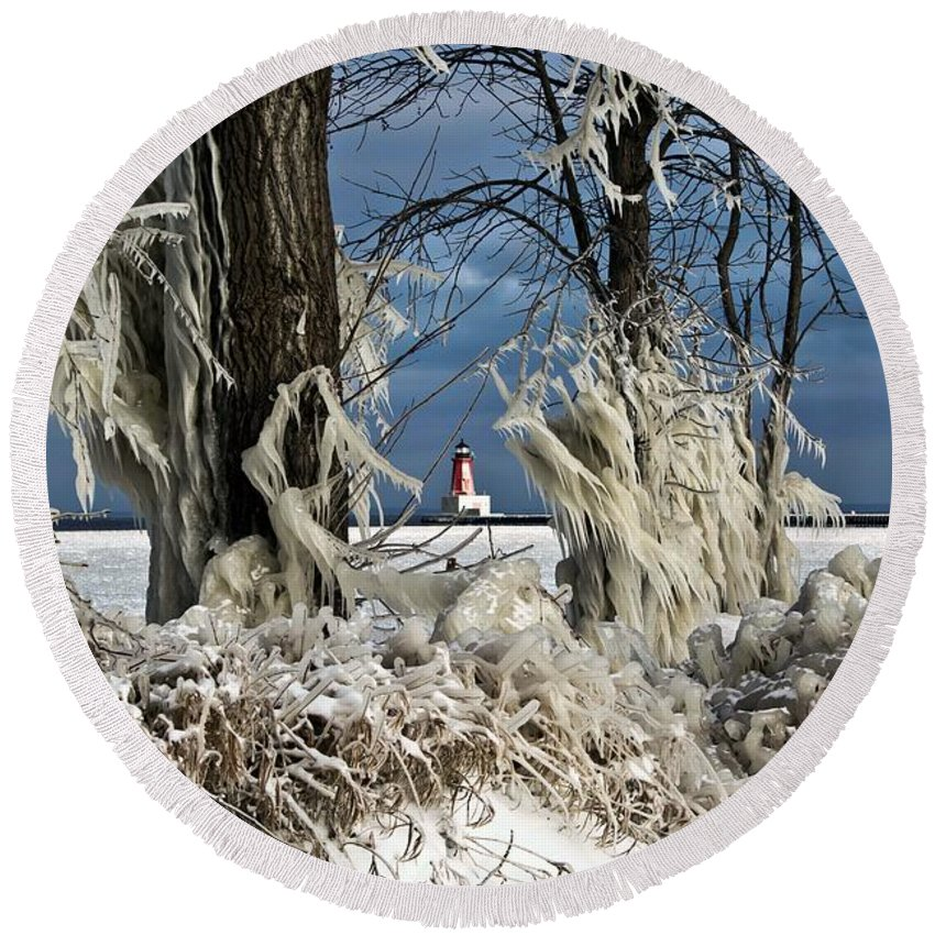 Winter Storm Round Beach Towel featuring the photograph Winter Storm Ashley 2015 #2 by Ms Judi
