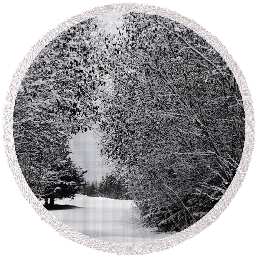 Winter Wonderland Round Beach Towel featuring the photograph Winter Wonderland by Lori Mahaffey