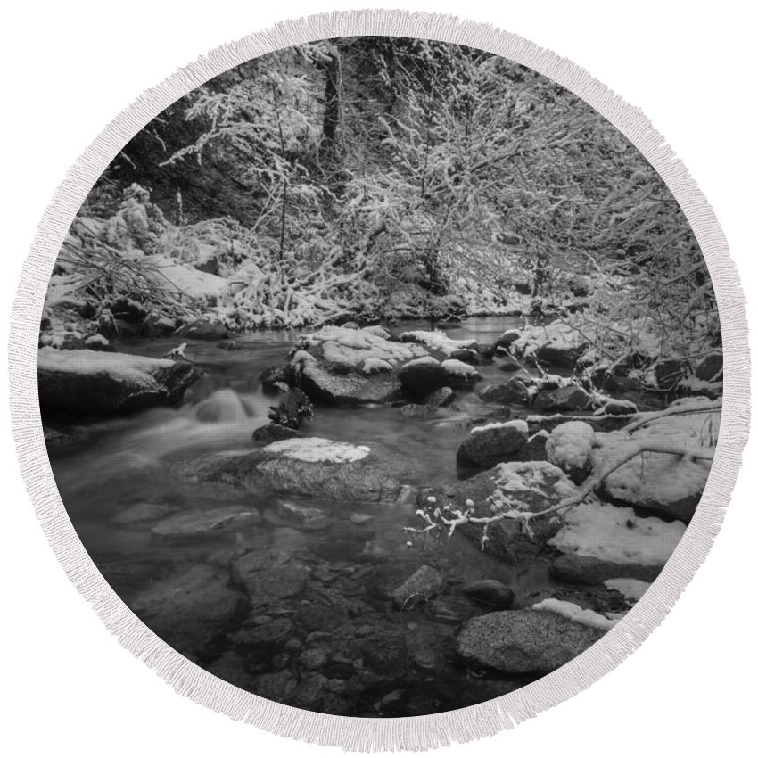 Whiskeytown National Recreation Area Round Beach Towel featuring the photograph Winter Wonderland by Michele James