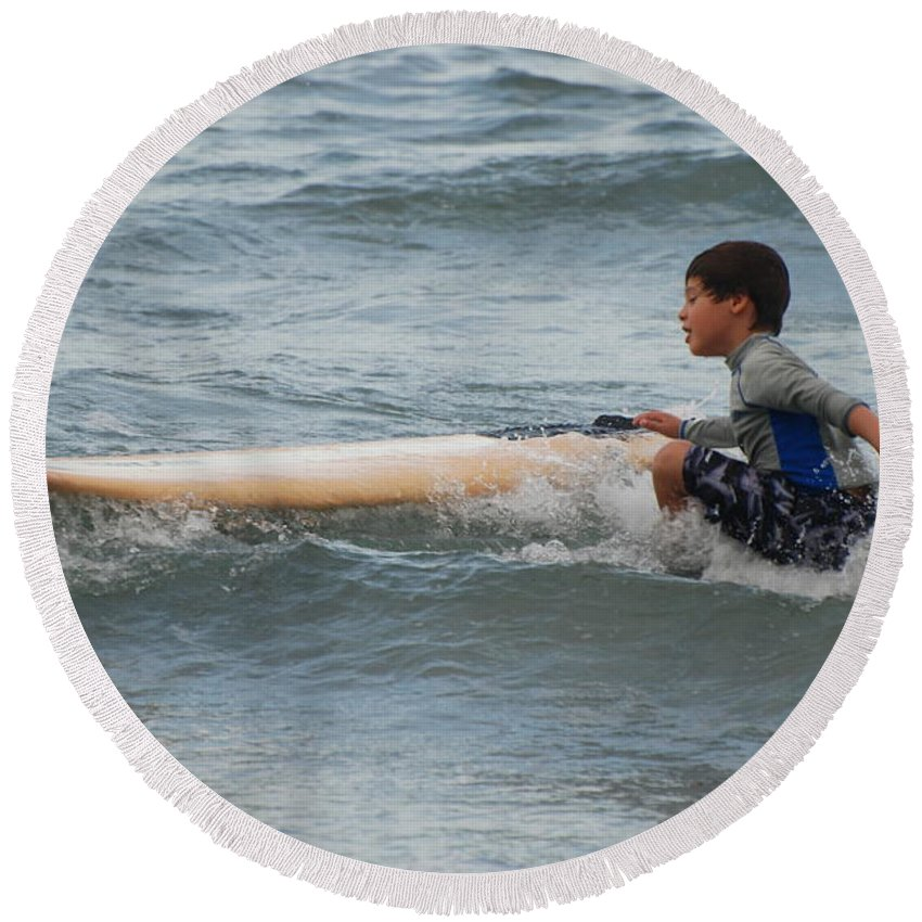 Beach Round Beach Towel featuring the photograph Wipe Out by Rob Hans