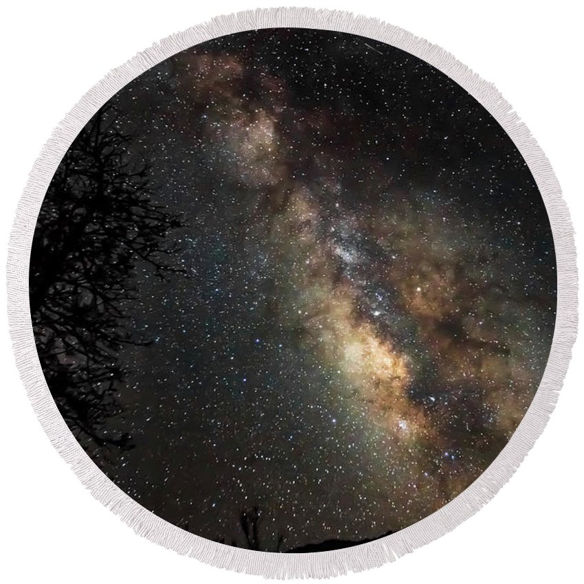 Milky Way Round Beach Towel featuring the photograph Wish Upon The Stars 4662 by Karen Celella