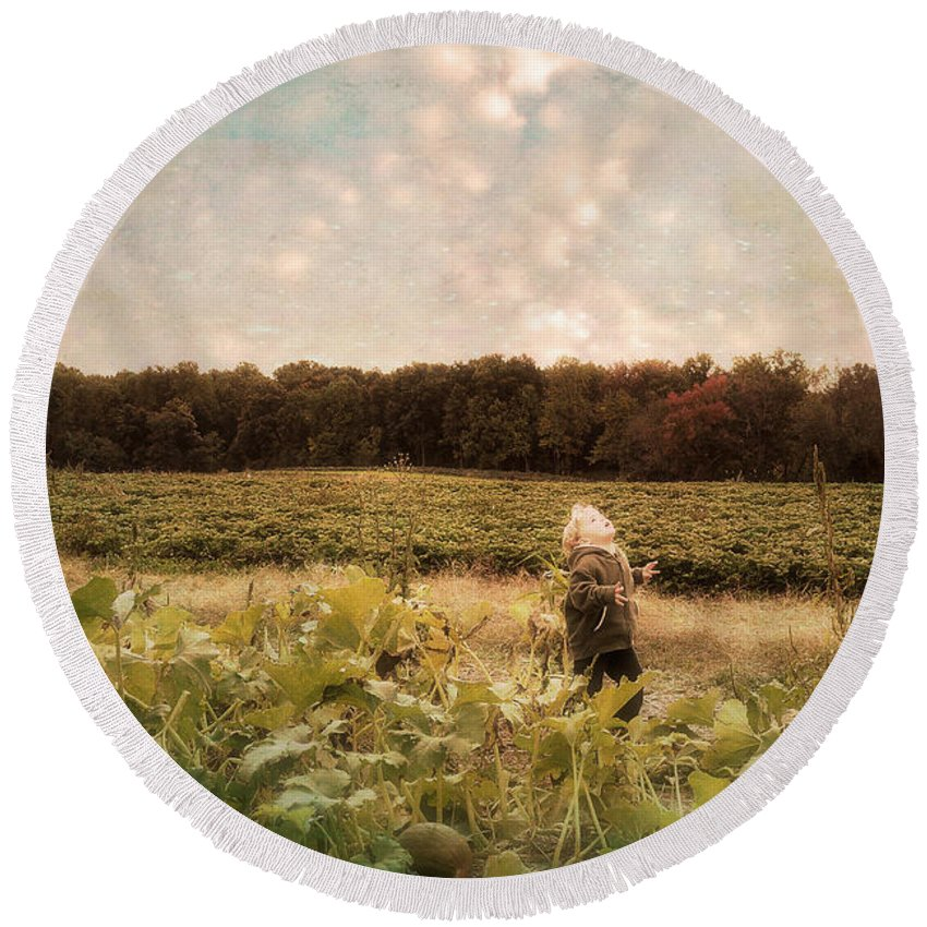 Landscape Round Beach Towel featuring the photograph Wonder by Lois Bryan