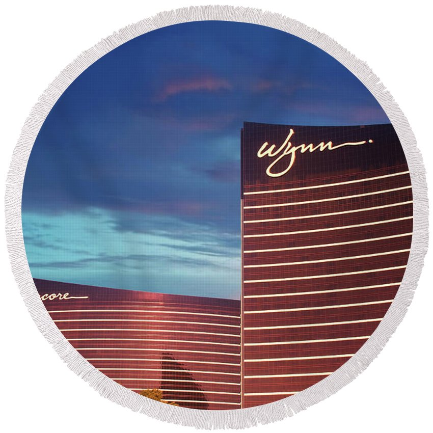 Encore Round Beach Towel featuring the photograph Wynn And Encore In Las Vegas by Darryl Brooks