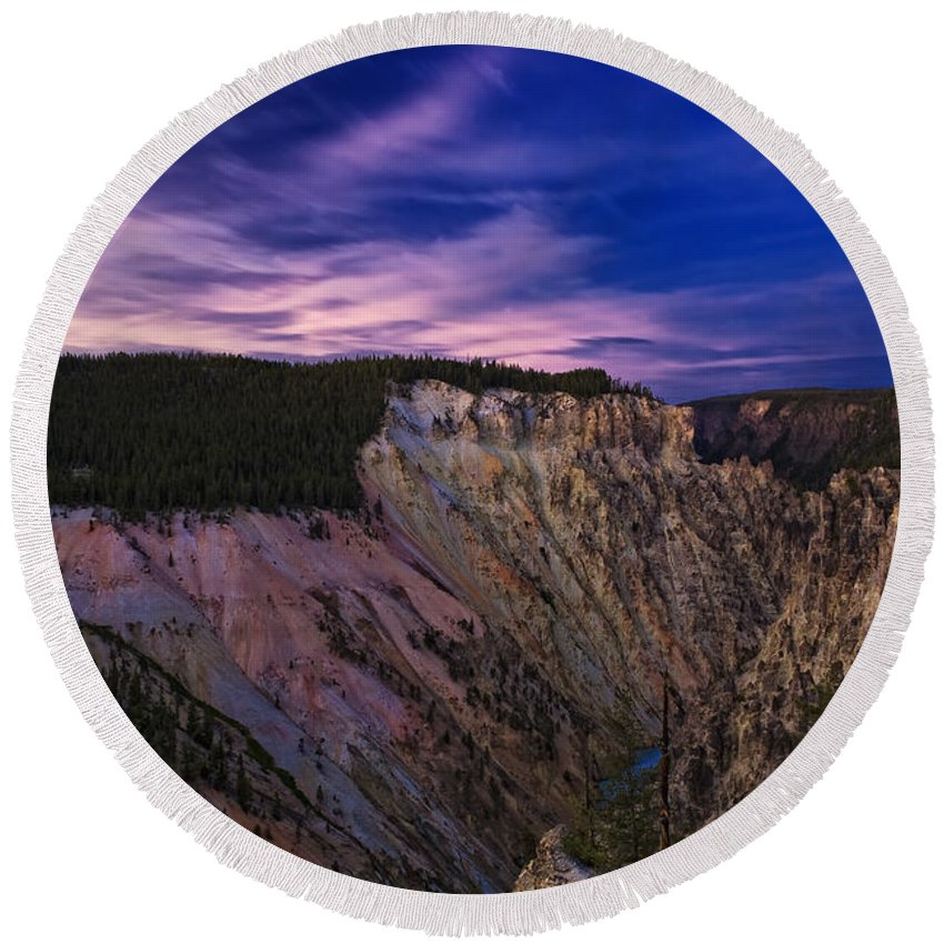 Nature Round Beach Towel featuring the photograph Wyoming Sunset by John K Sampson