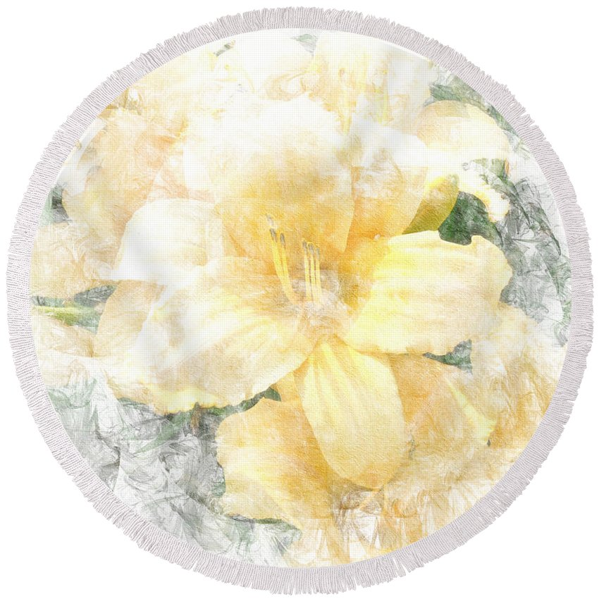 Yellow Round Beach Towel featuring the photograph Yellow Daylily by Michele A Loftus