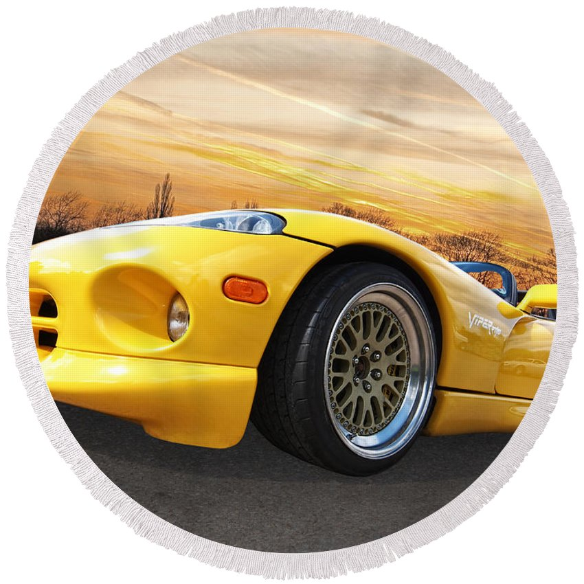 Dodge Viper Round Beach Towel featuring the photograph Yellow Viper Rt10 by Gill Billington