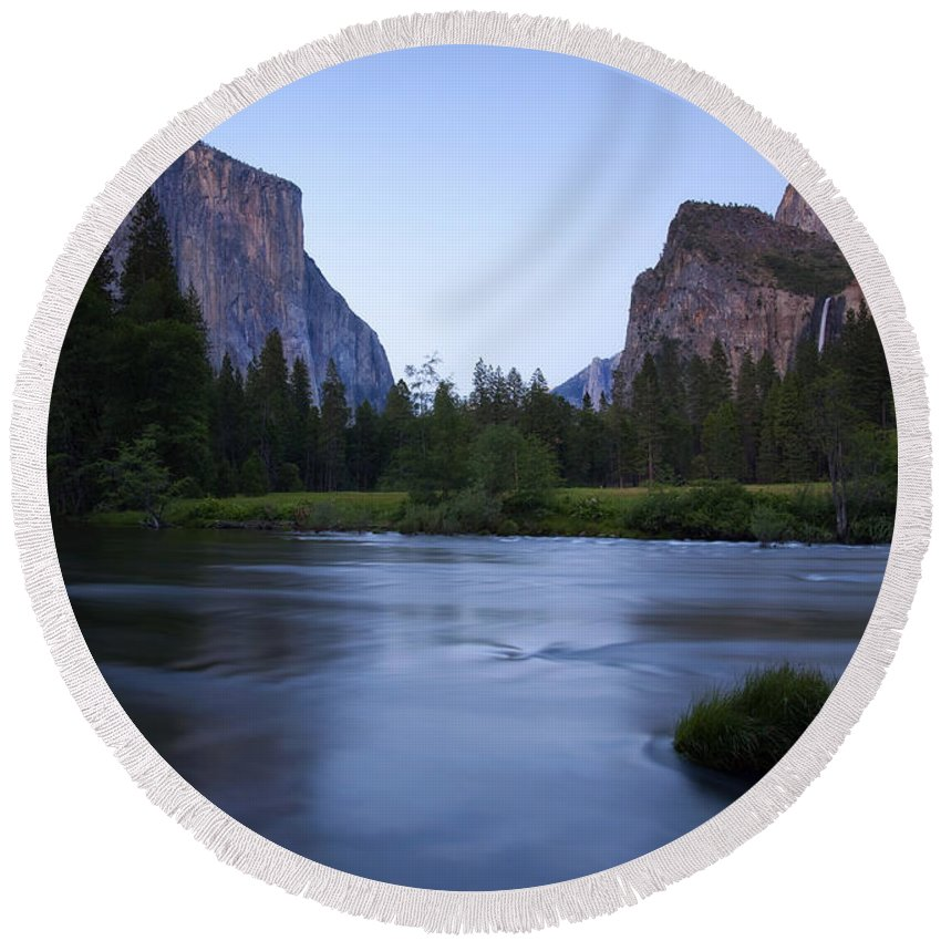 Yosemite Round Beach Towel featuring the photograph Yosemite Twilight by Mike Dawson