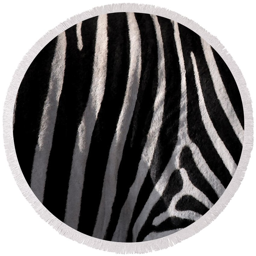 Zebra Round Beach Towel featuring the painting Zebw by Are Lund