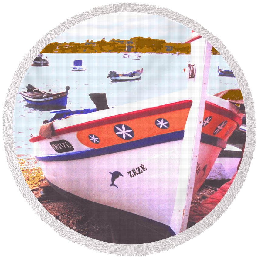 Portugal Round Beach Towel featuring the photograph Zeze On The Algarve by Ian MacDonald
