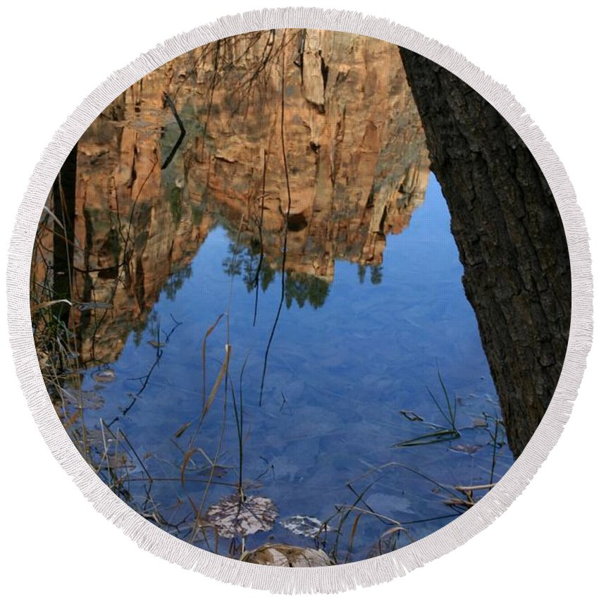 Zion Round Beach Towel featuring the photograph Zion Reflections by Nelson Strong