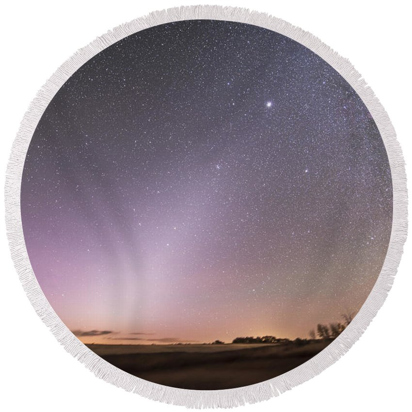 Comet Round Beach Towel featuring the photograph Zodiacal Light In Dawn Sky, Alberta by Alan Dyer