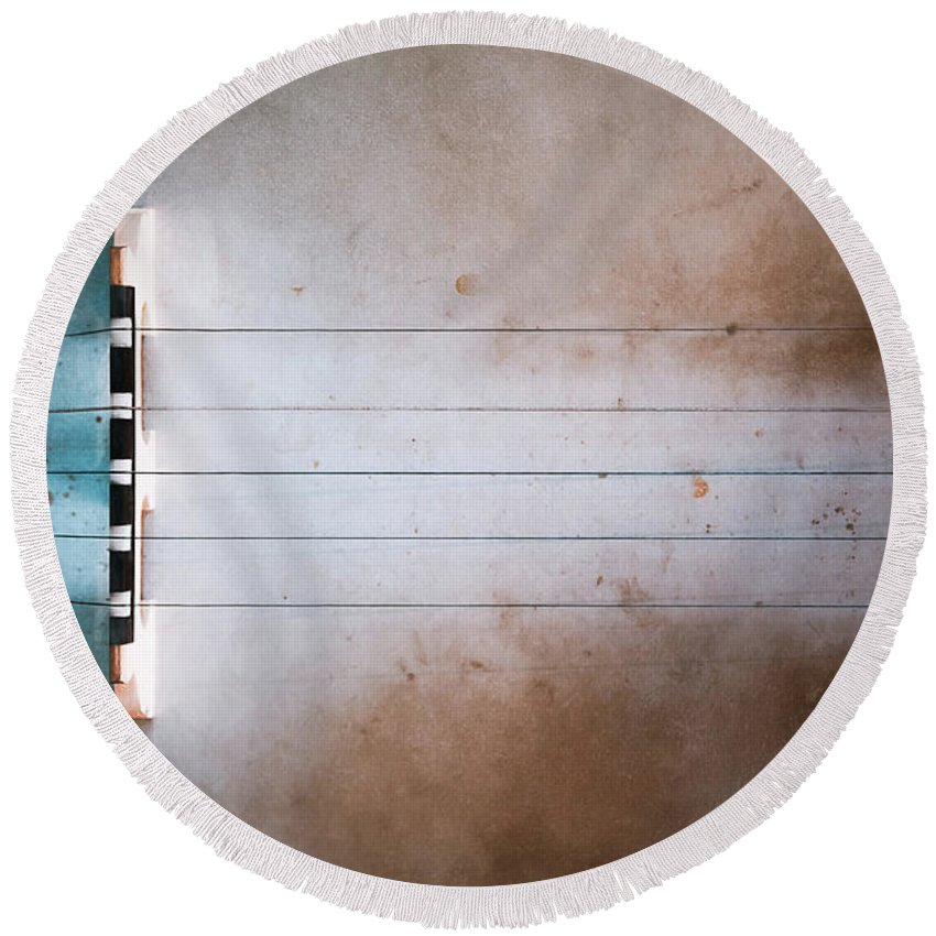 Strings Round Beach Towel featuring the photograph Five String Banjo 2 by Scott Norris