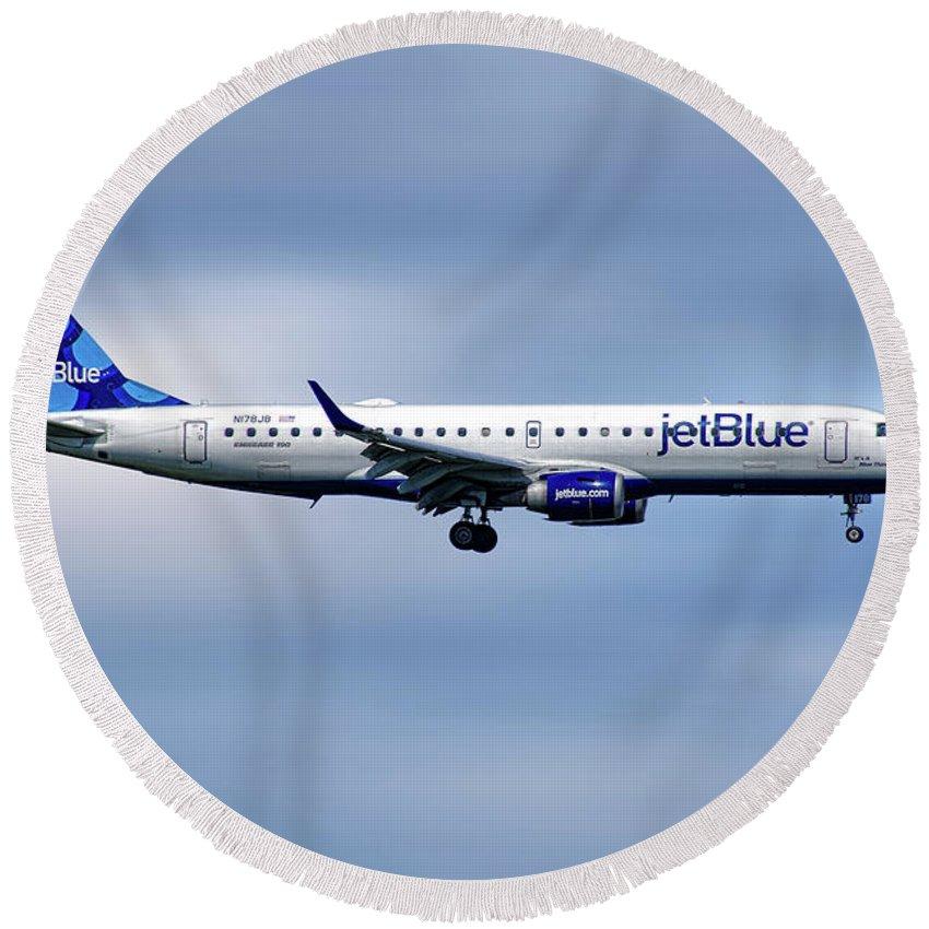 Jetblue Round Beach Towel featuring the mixed media Jetblue Airways Embraer Erj-190ar by Smart Aviation
