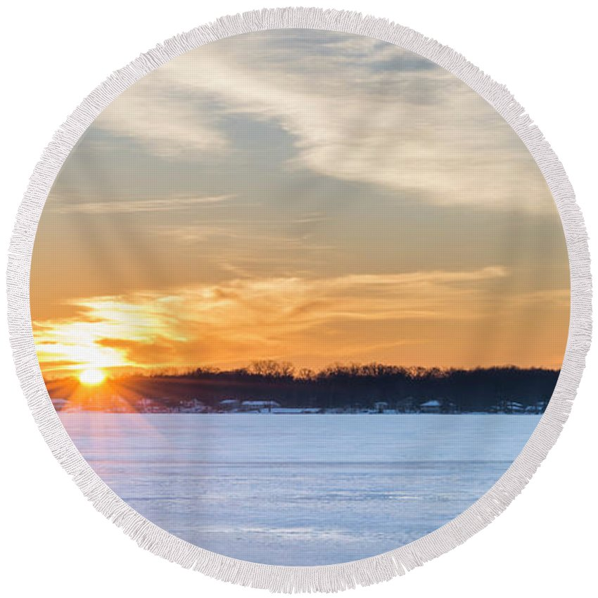 Bear Lake Round Beach Towel featuring the photograph Bear Lake Winter Sunset by Twenty Two North Photography