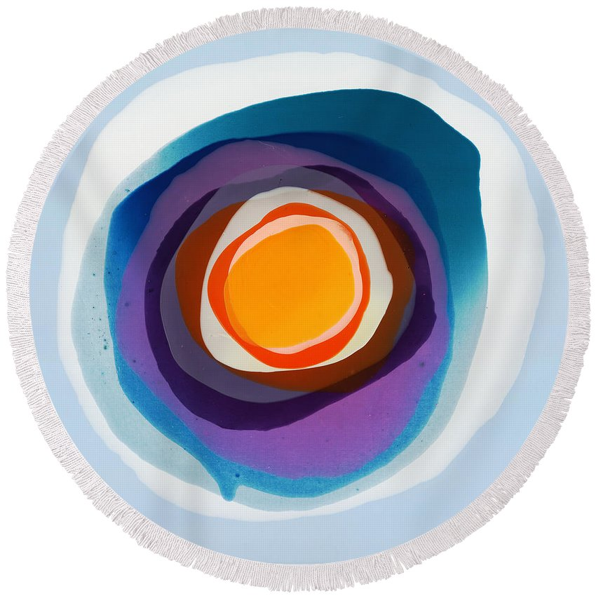 Abstract Round Beach Towel featuring the painting Focussed by Claire Desjardins