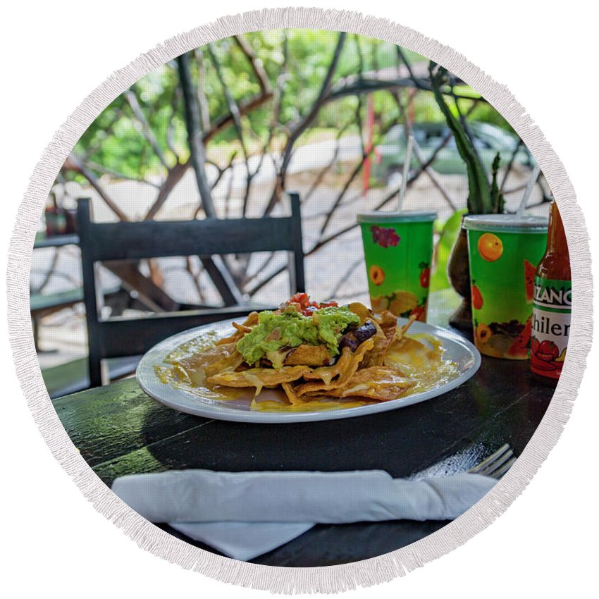 Nacho Round Beach Towel featuring the photograph Gecko's Waterfall Grill Nachos Rule by Betsy Knapp