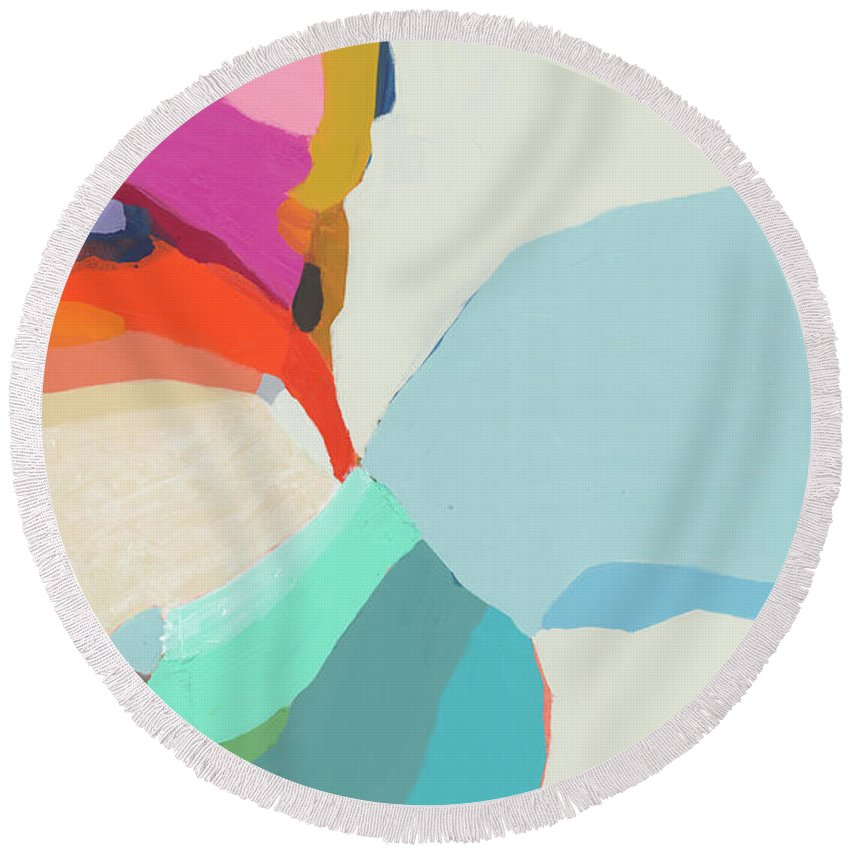 Abstract Round Beach Towel featuring the painting Georgia To My Left by Claire Desjardins