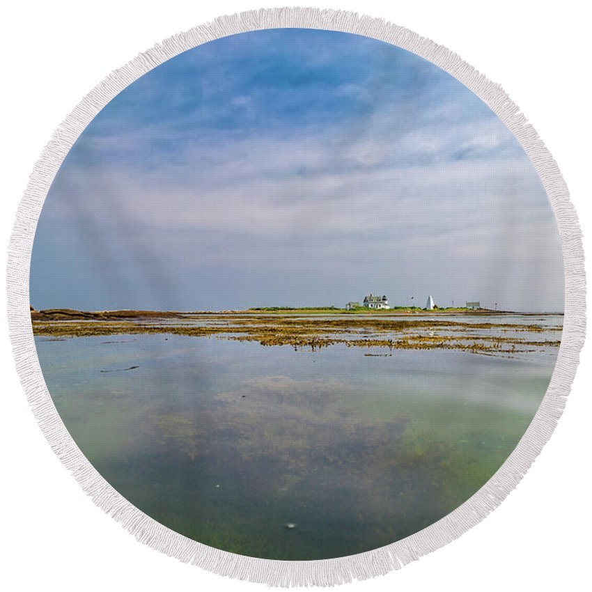 Lighthouse Round Beach Towel featuring the photograph Goat Island Distant View Maine by Betsy Knapp