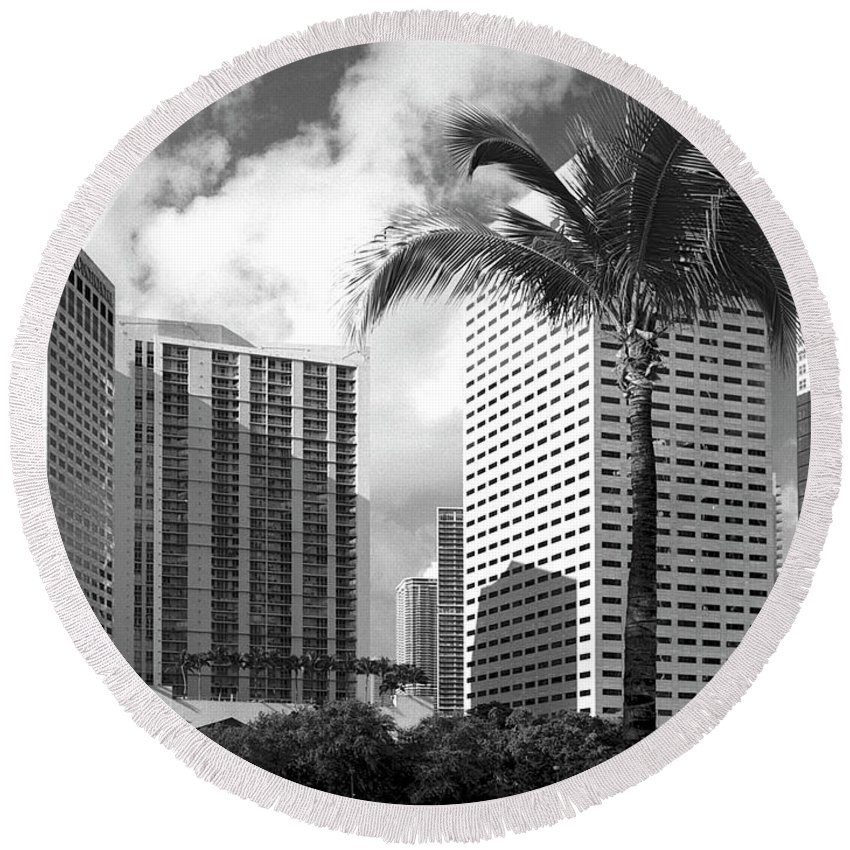 Park Round Beach Towel featuring the photograph Miami Downtown 071903 by Rudy Umans