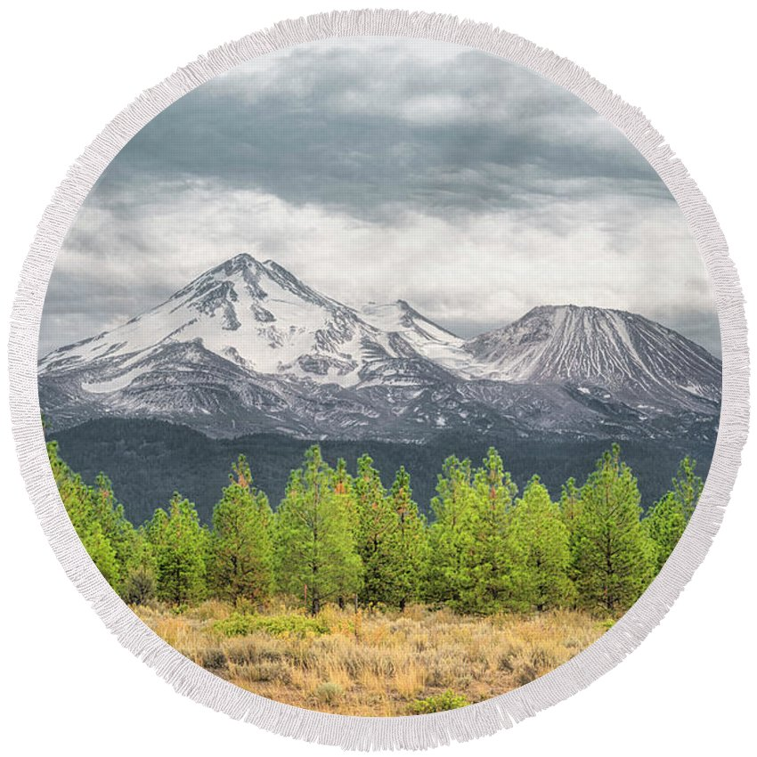 California Round Beach Towel featuring the photograph Mount Shasta by Jim Thompson