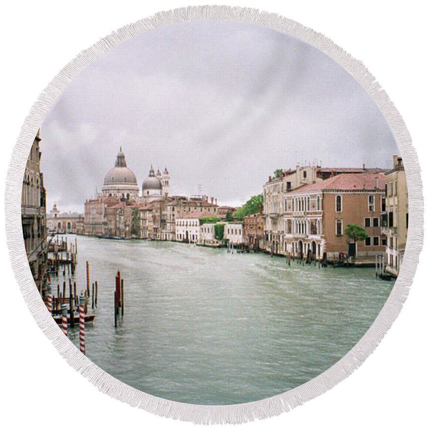 Europe Round Beach Towel featuring the photograph Venice Grand Canal by Dick Goodman