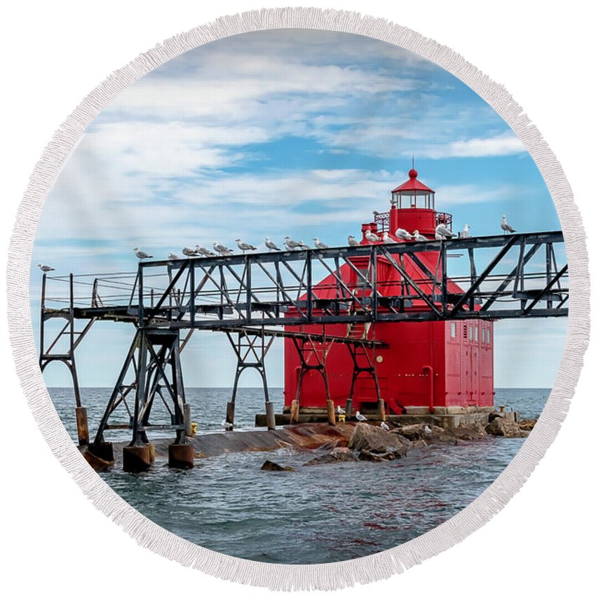 Lighthouse Round Beach Towel featuring the photograph 20-0607-0041 by Anthony Roma