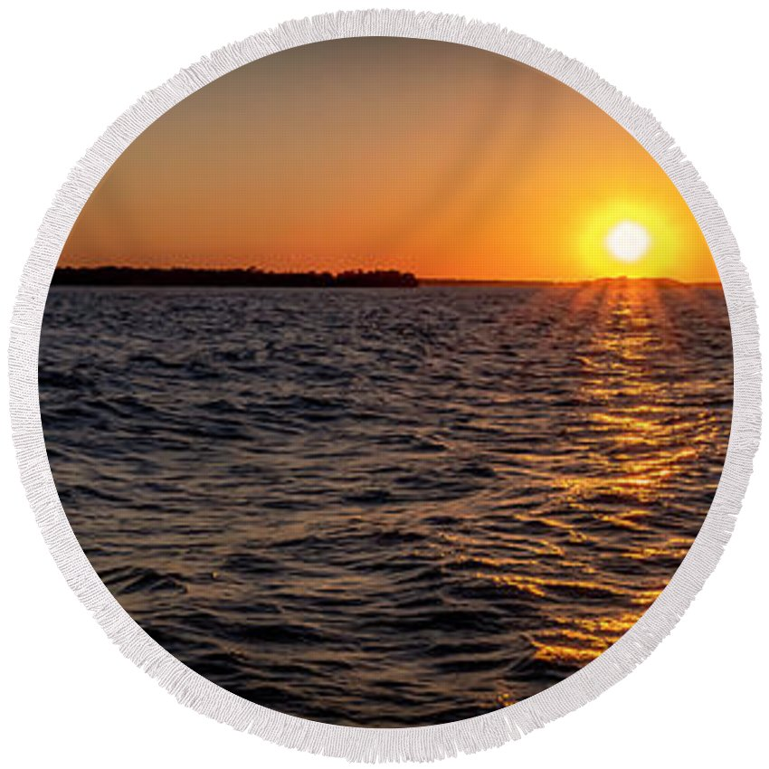 Sunset Round Beach Towel featuring the photograph 20-0608-0175 Pan by Anthony Roma