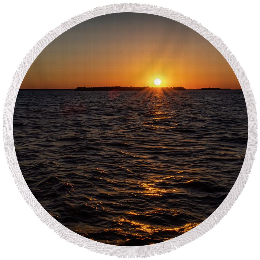 Sunset Round Beach Towel featuring the photograph 20-0608-0178 by Anthony Roma