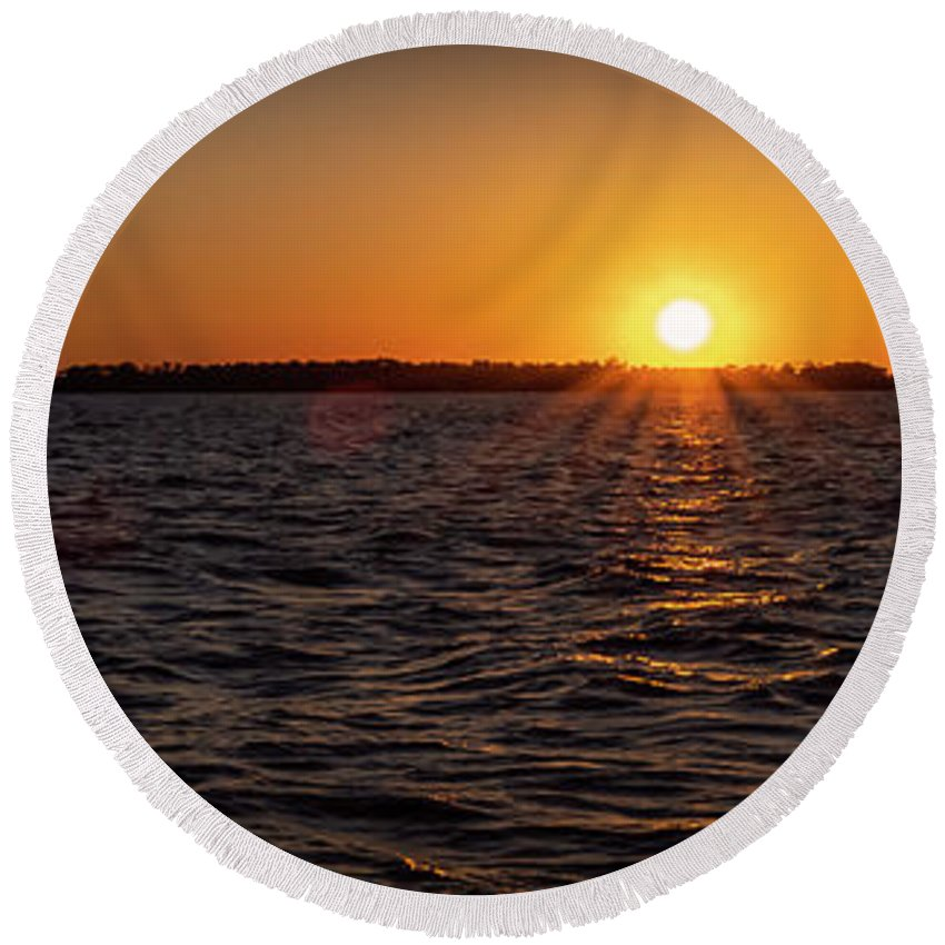 Sunset Round Beach Towel featuring the photograph 20-0608-0178 Pan by Anthony Roma