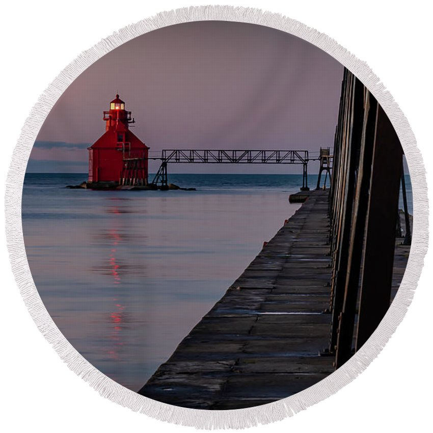 Lighthouse Round Beach Towel featuring the photograph 20-0611-0313 by Anthony Roma