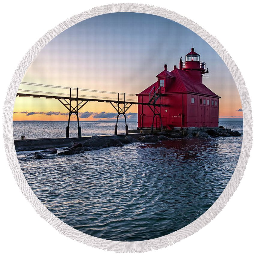 Lighthouse Round Beach Towel featuring the photograph 20-0611-0319 by Anthony Roma