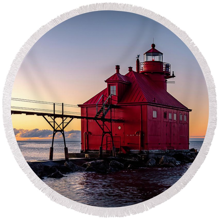 Lighthouse Round Beach Towel featuring the photograph 20-0611-0324 by Anthony Roma
