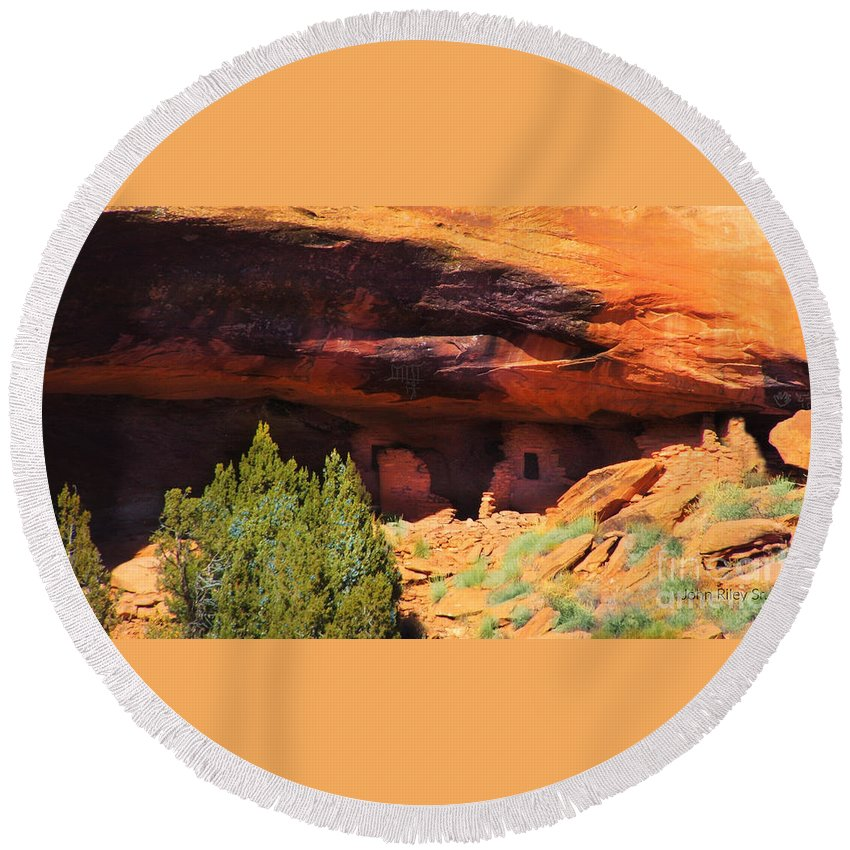 Ancient Ruins In The Sandstone Cliffs Round Beach Towel featuring the digital art Ancient Ruins by Annie Gibbons