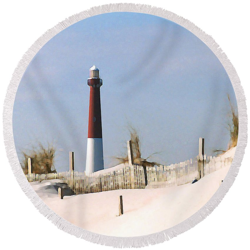 Barnegat Round Beach Towel featuring the photograph Barnegat Lighthouse by Steve Karol