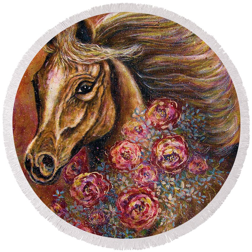 Horse Round Beach Towel featuring the painting Champion by Natalie Holland