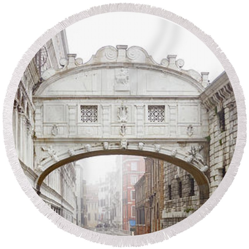 Bridge Round Beach Towel featuring the photograph Dsc3694 - The Bridge Of Sighs, Venice by Marco Missiaja