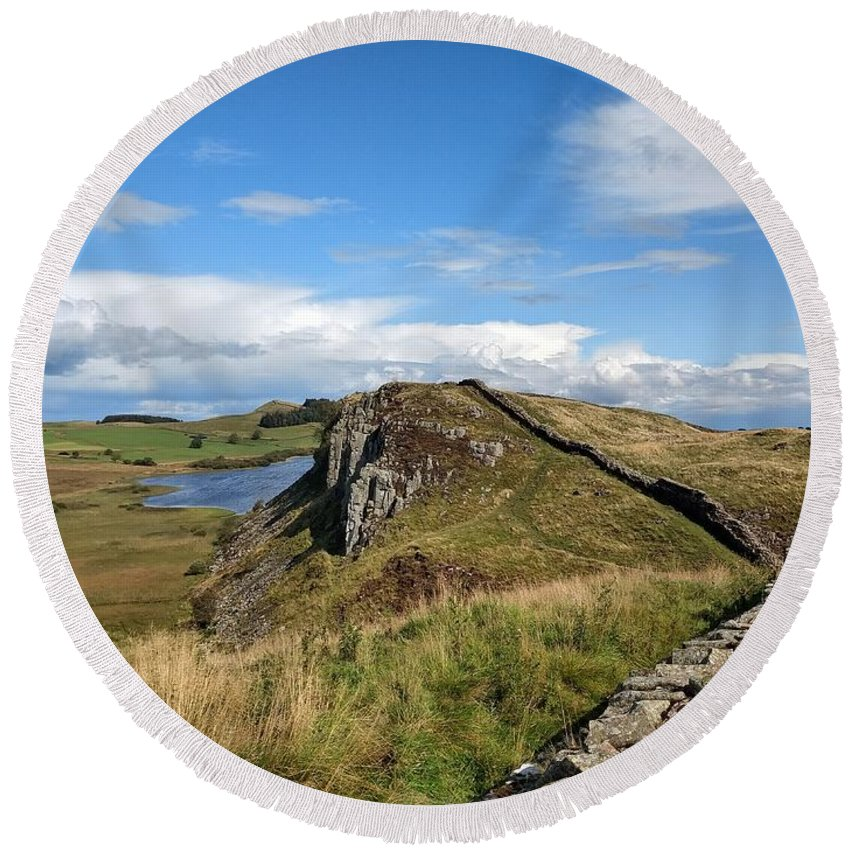 Landscape Round Beach Towel featuring the photograph Hadrianswall by Pop
